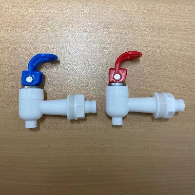 S100 Hot & Cold Water Tap